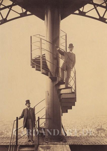Gustave Eiffel und Adolphe Salles auf dem Eiffelturm 1889 - Postkarte