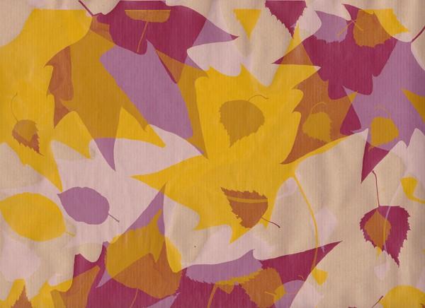 Blätterrauschen beige - bordeaux - gelb Geschenkpapier