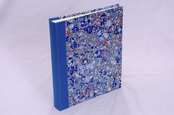 "Fotoalbum gebunden mit Florentiner Papier "" Lapis Lux "" 25,5 x 21,5 cm"